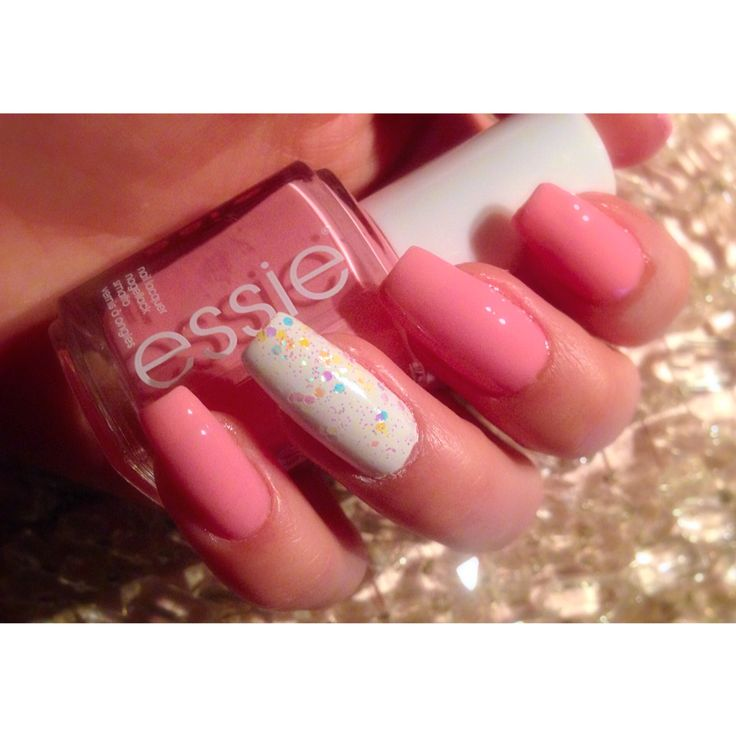 #Essie #nail #polish. #My #Real #nails ! #Love #everything #that #is #in #pink! Pinterest : Mina.K.