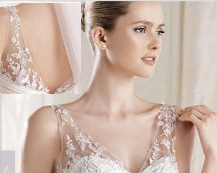 Detachable straps lightly lace appliqu d straps would for Adding straps to wedding dress