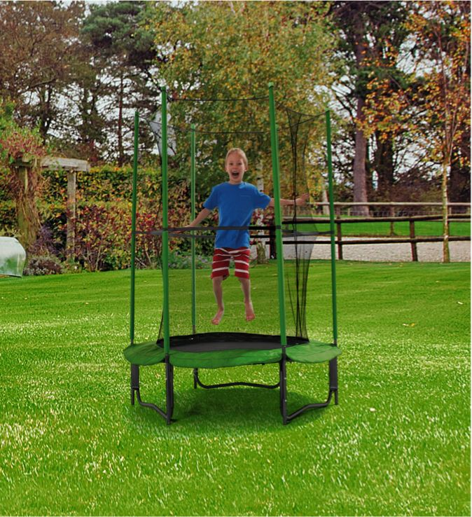 Allow your little one to have maximum fun and play safe in the garden this summer with the Chad Valley 4ft My First Trampoline and Enclosure.