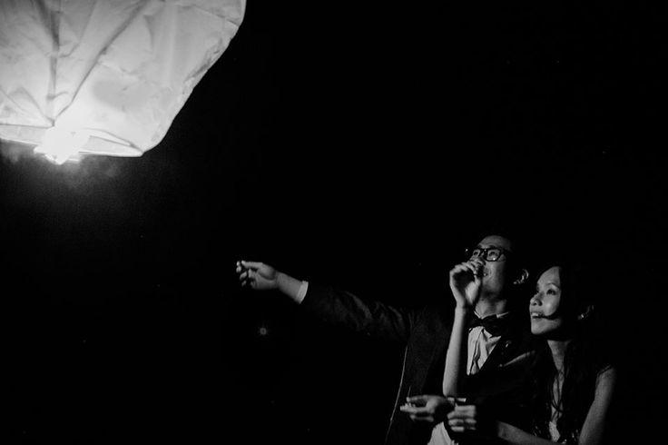 nadia hung photography, destination wedding photography, vancouver wedding photography, wedding photos, film photography, sky lantern, wedding sky lantern,