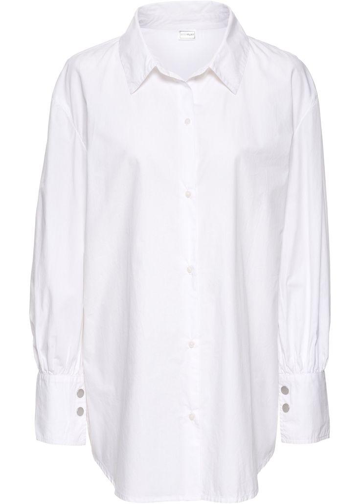 Das weiße Hemd im Boyfriend-Look wird durch die breiten Manschetten und die Oversize Optik zum absoluten Must-have.