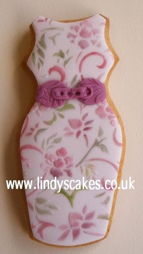 Tea party dress [posting photo for inspiration only]  #DecoratedCookies #Cookies