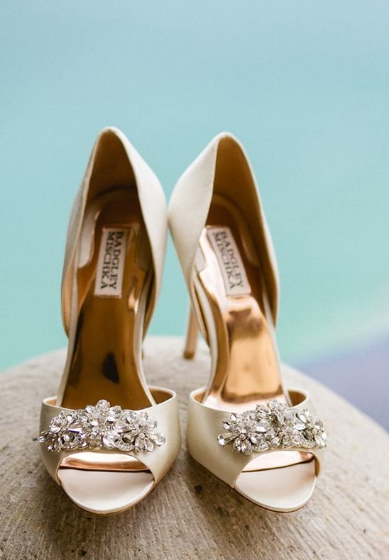 These Giana embellished toe heels from Badgley Mischka were worn in Paris Hilton's cousin's chic beach wedding in Mexico!