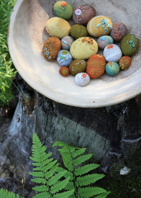 Felted embroidered eggs handmade pinterest beautiful for Felted wool boulders