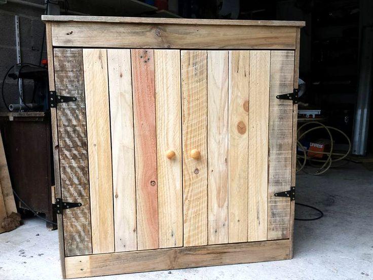 mini-pallet-cabinet.jpg 960×720 pixels