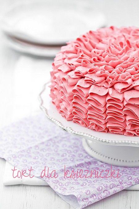 Różowy tort z falbankami - tort dla małych księniczek