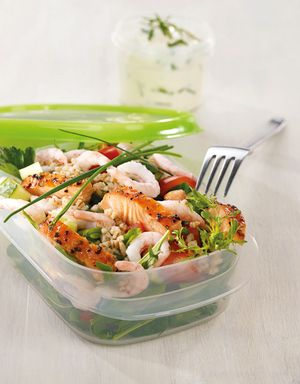 En riktig smakfull og spennende salat som kan spises enten som middag eller smårett.
