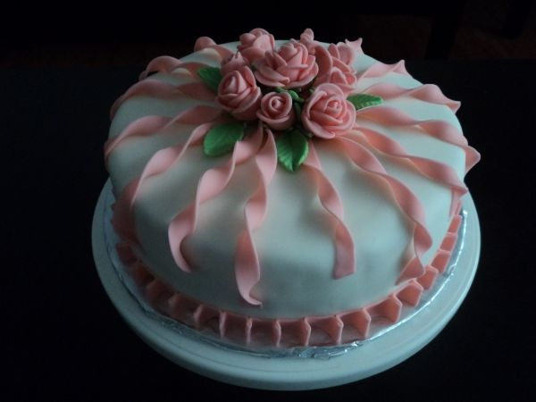 pictures of birthday cakes for women Elegant Birthday ...