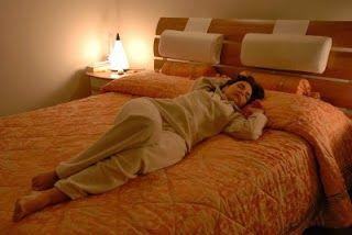 http://hamptonroadsmommies.blogspot.com/2015/06/akibat-tidur-dengan-lampu-menyala.html