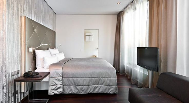 COSMO HOTEL BERLIN MITTE | Cosmo Hotel Berlin Mitte offers both a sanctuary and starting point for cosmopolitan lifestyle-addicts who visit the German capital to soak up its rich cultural life, but also want a comfortable and invigorating place to take a load off at the end of the day. | See more at: http://hotelinteriordesigns.eu/ | #hotelarchitecture  #hotelfurniture #boutiquehotel