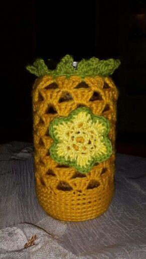 Crochet candel holder
