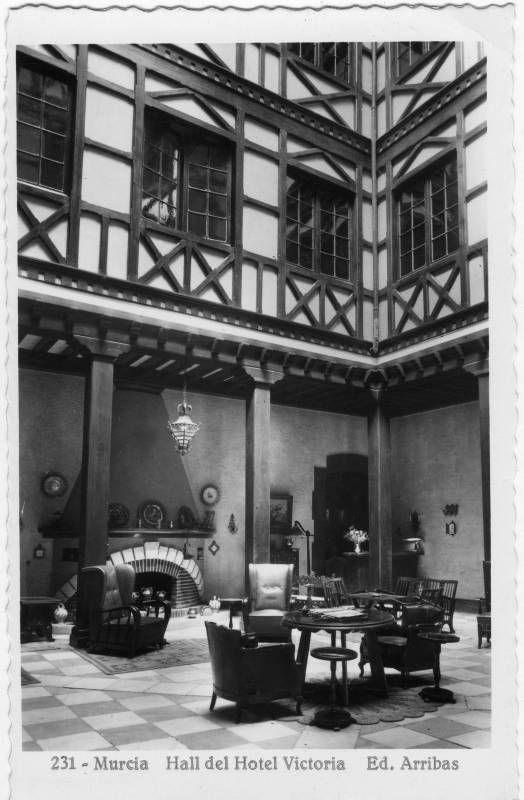 Visor Archivo General Región de Murcia. FOT_POS,04/138 / Hall del Hotel Victoria de Murcia. c. 1950