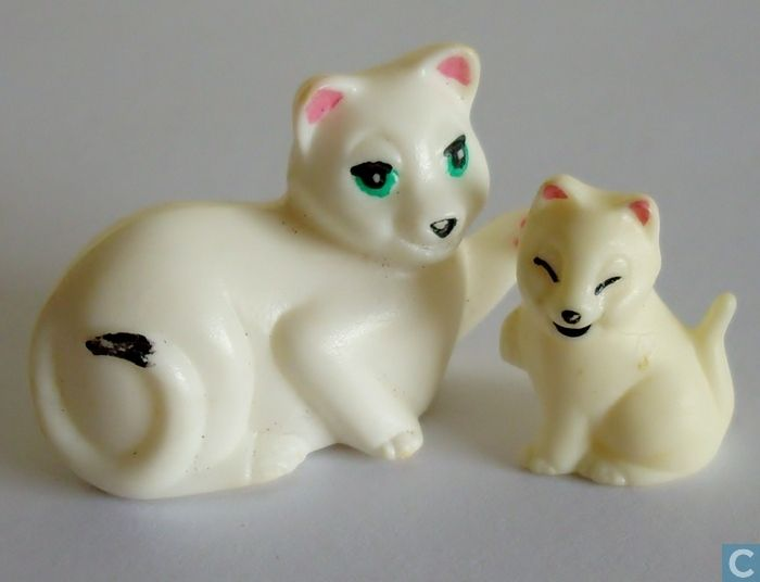 Figures and Statuettes  - K96 - Cat with kitten