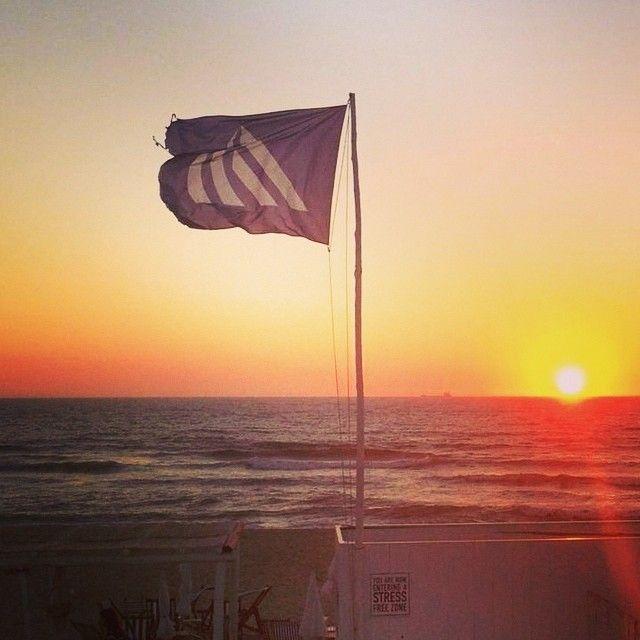 #Pôr-do-Sol @ #thequebramarbeachclub #quebramar_oficial #sunset #praiadacostanova #praia #summer