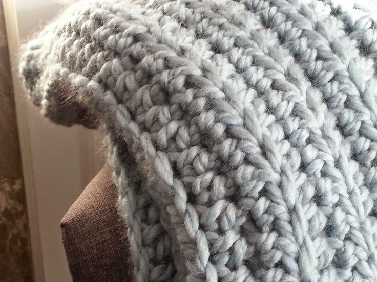 Knitting Stitch Patterns For Chunky Yarn : Modern grace design chunky ribbed crochet blanket free
