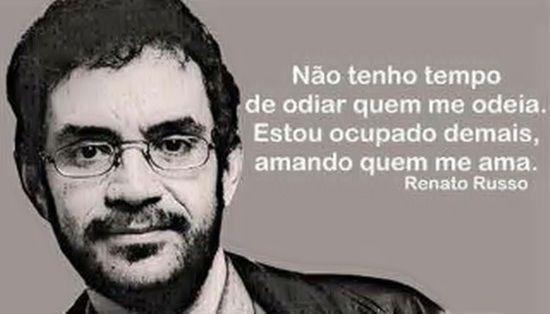Renato Russo e sua infinita sabedoria de falar o que poucos conseguem expressar...