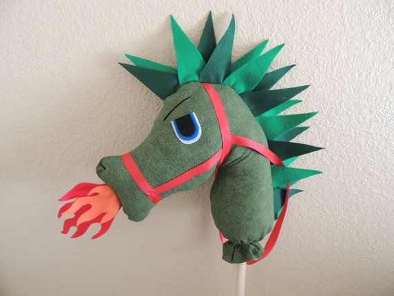 "Stick toy ride on Dragon ""Elliott"", cute idea for boys instead of the normal hobby horse pony #sewing #craft"