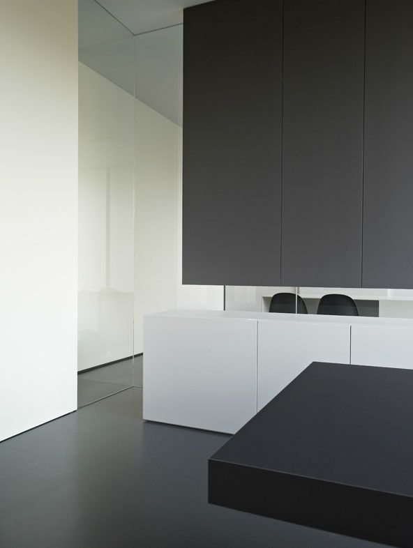 DETAILS Photo Credit Interior Of The Minus Office In Poperinge By Belgian Architects Top Heavy Bold With Graphite Makes For A Handsome Detail