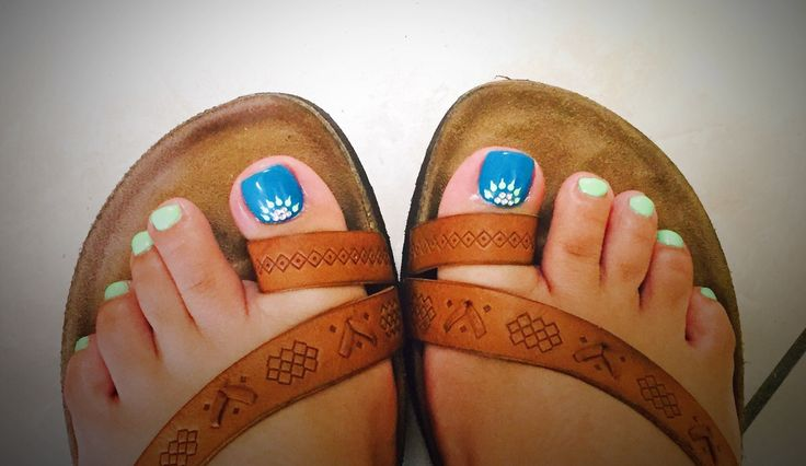 Turquoise and Lime Green Nails #pedi #pedicure #turquoise #limegreen #green #nails #nailart