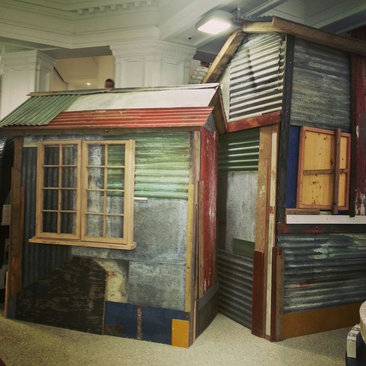 Shabby shed in the heart of London