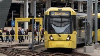 Manchester Metrolink trams suspended after fault