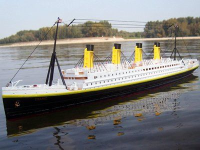 Santas Tools and Toys Workshop: Toy: RC RMS TITANIC 1:325 R/C BOAT RC SHIP Ready to Run (RTR) $159.98 Price and availability subject to change without  notice. Click through for details.