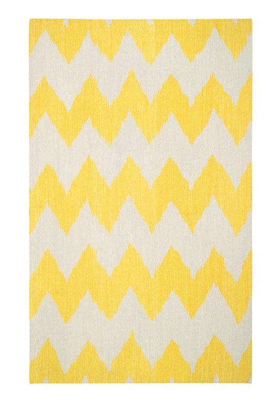 yellow chevron rug - love!