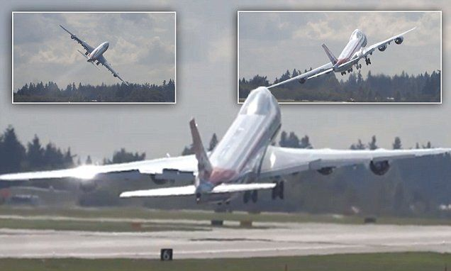 Watch pilot wave goodbye ... with the whole plane!