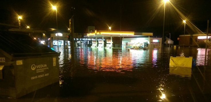 Flooding Dec 2015 - Kirkstall Road
