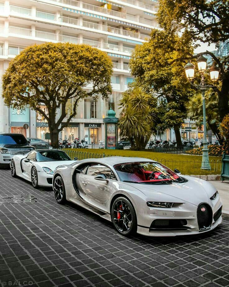 Bugatti Chiron & P 918 ꜱɪɴ – Autos
