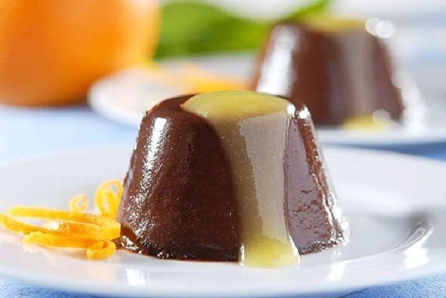 Mousse de Chocolate Gelada com Creme de Laranja