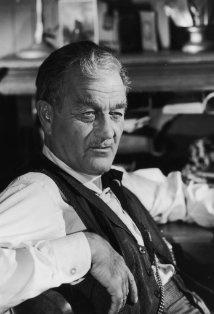 Milburn Stone - 'Doc Adams' / Gunsmoke. S)