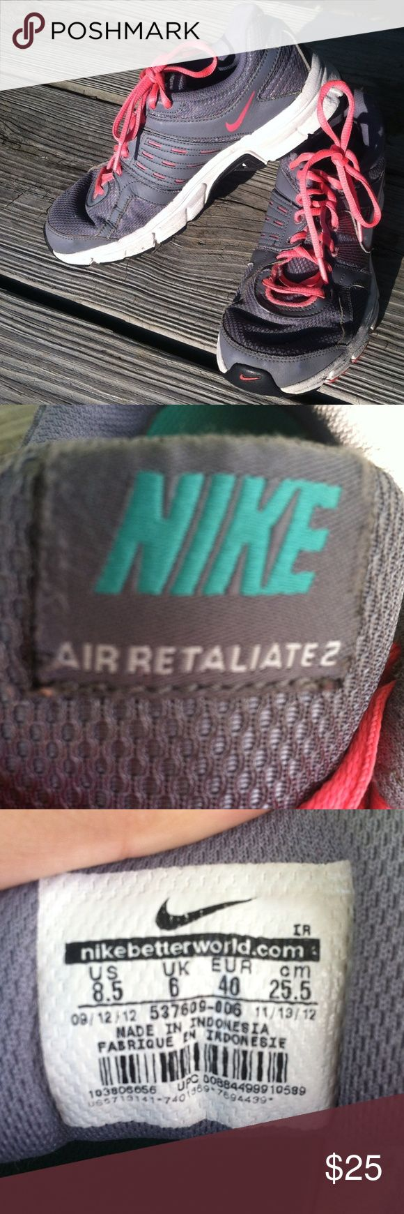 Nike air retaliate 2 Nike air retaliate 2, look better with feet in them, the white part could be whiter, & there is a slit on the left shoe (as shown) Nike Shoes Athletic Shoes