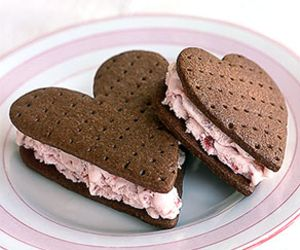 Hearts, chocolate, cookies. Seriously, what more do you want? :)