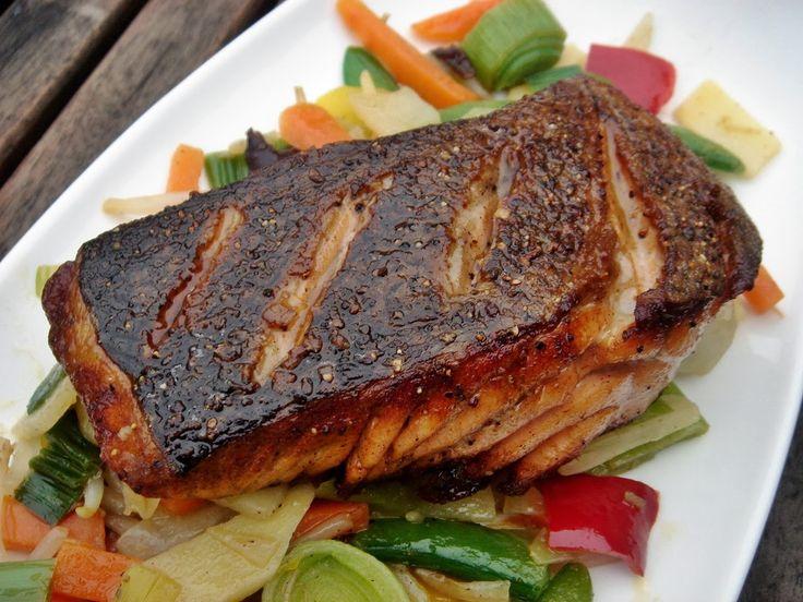 Nem vagyok mesterszakács: Citromborsos lazac steak ropogósan, roppanós-vajas zöldségekkel