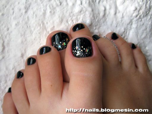 black and silver toe nails - Google Search - Best 25+ Black Toe Nails Ideas On Pinterest Black Pedicure