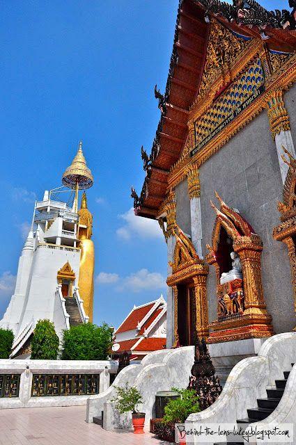 Temple time - Bangkok, Thailand