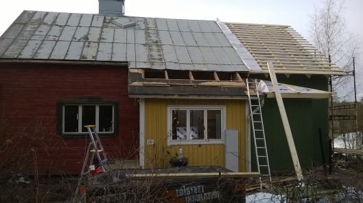 November Snow! | Vanha Talo Suomi  Roofing and siding an old Finnish home in southern Finland  Remontti Rintamiestalo Uusimaa Suomi Lohja