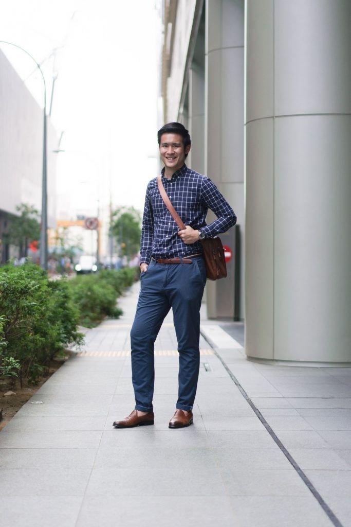 SHENTONISTA: Open Book. Benjamin, Communications. Shirt from Uniqlo, Bag from ZARA, Belt from Tommy Hilfiger, Pants from Pull & Bear, Watch from Seiko, Shoes from Aldo. #shentonista #theuniform #singapore #fashion #streetystyle #style #ootd #sgootd #ootdsg #wiwt #popular #people #male #female #womenswear #menswear #sgstyle #cbd #Uniqlo #ZARA #TommyHilfiger #PullBear #Seiko #Aldo