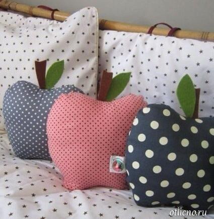 Как сшить декоративные подушки своими руками на табурет