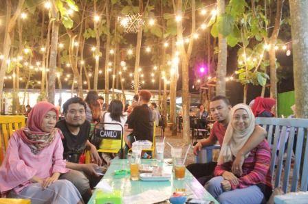 Camilo Colours & Garden Cafe Malang