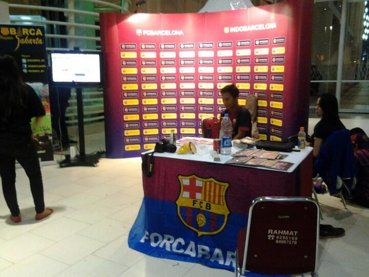 Booth Indo Barca nih...