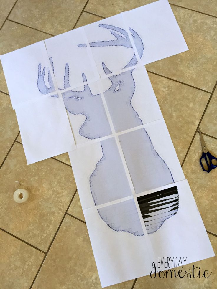 Pallet Wood Deer Head Sign (With Tips for Painting a Large Scale Image!) - Everyday Domestic