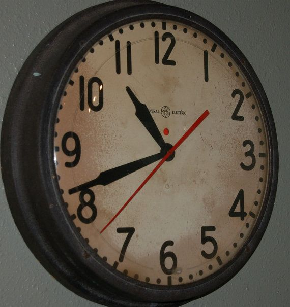 i've been wanting an old schoolhouse clock for my kitchen.