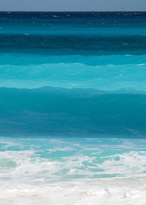 A natural ombré - the ocean