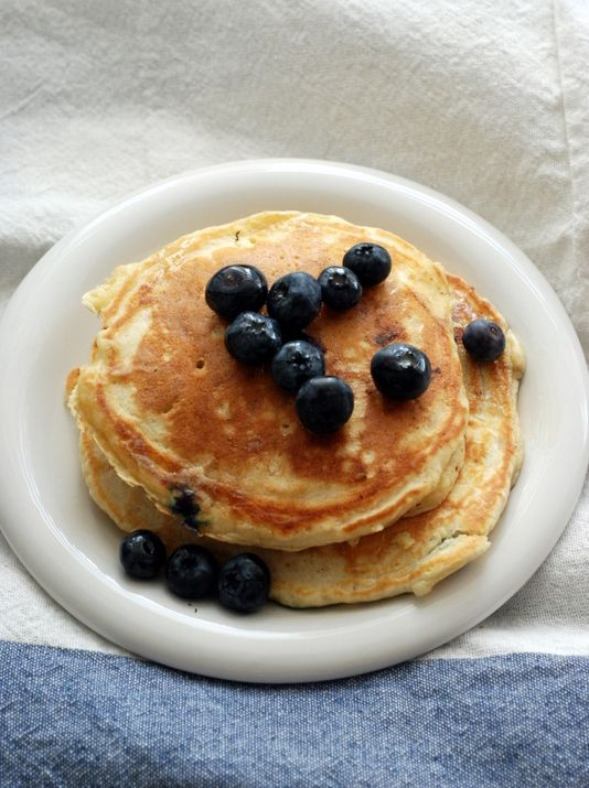 easy blueberry pancakes | saturday mornings | Pinterest
