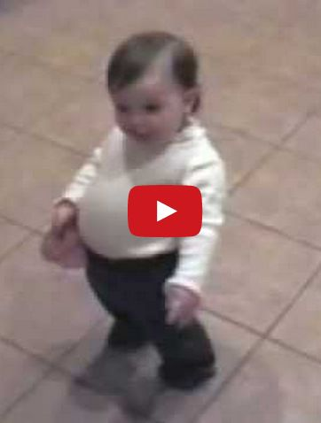 You'll Laugh Hysterically When You See This Toddler Imitate Her Pregnant Mommy