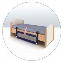 Barrera de Cama Plegable. Barrera cama de seguridad infantil plegable. Largo 102 cm. Incorpora dispositivo lateral que permite abatirla para acceder a la cama durante el día. Dimensiones plegada: 24 X 55 X 5 cm, incluye bolsa de transporte