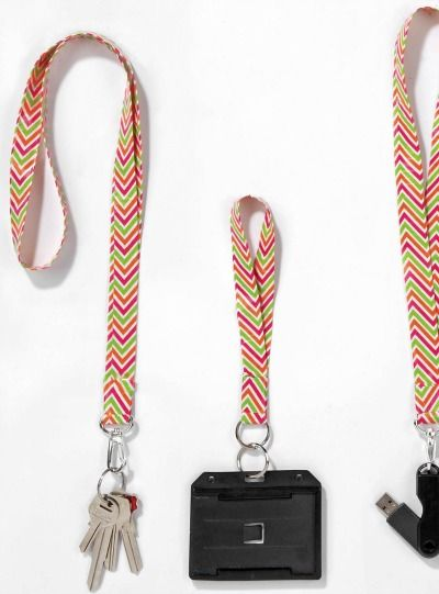 Get creative and make your own DIY colorful lanyards for back to school!