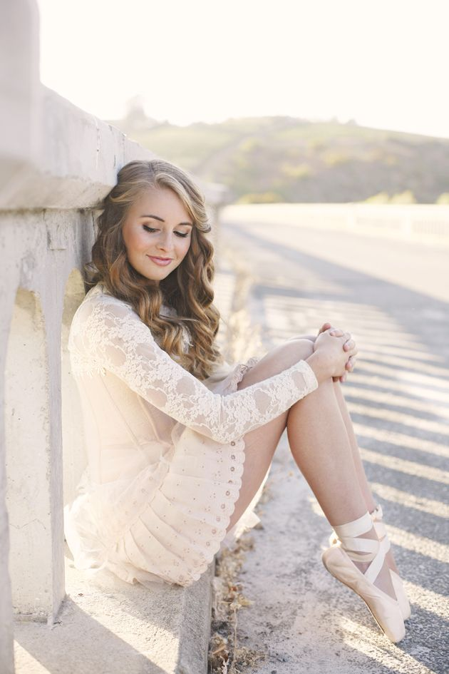 Ballet Senior Session featured on Lemonade and Lenses!